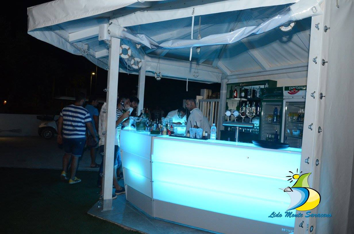 banco bar per eventi all'esterno