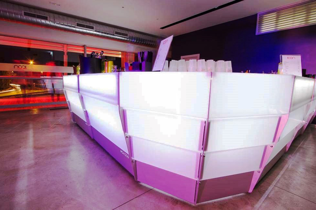 bancone bar luminoso componibile